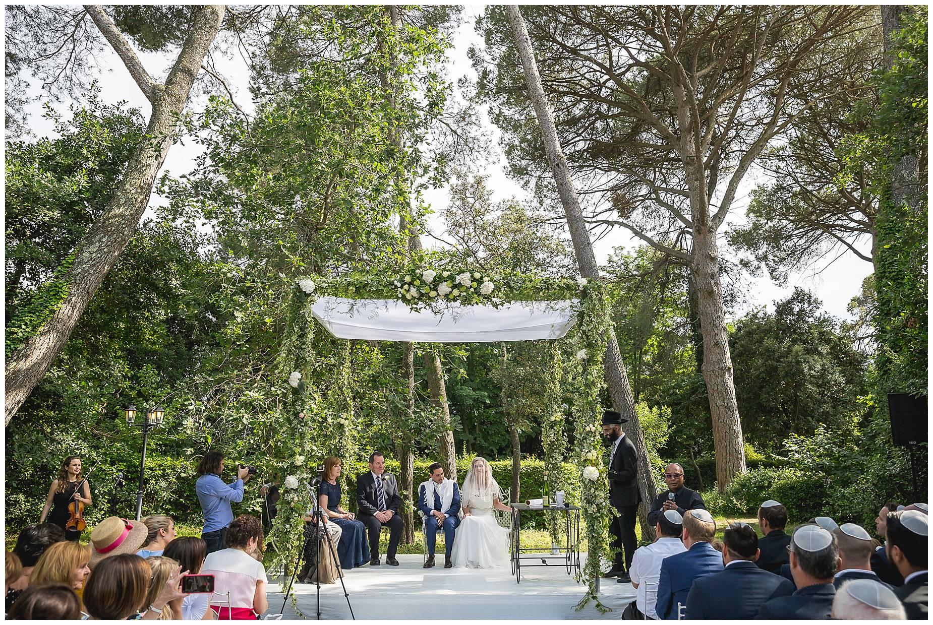 wedding ceremony Chateau de Pouget