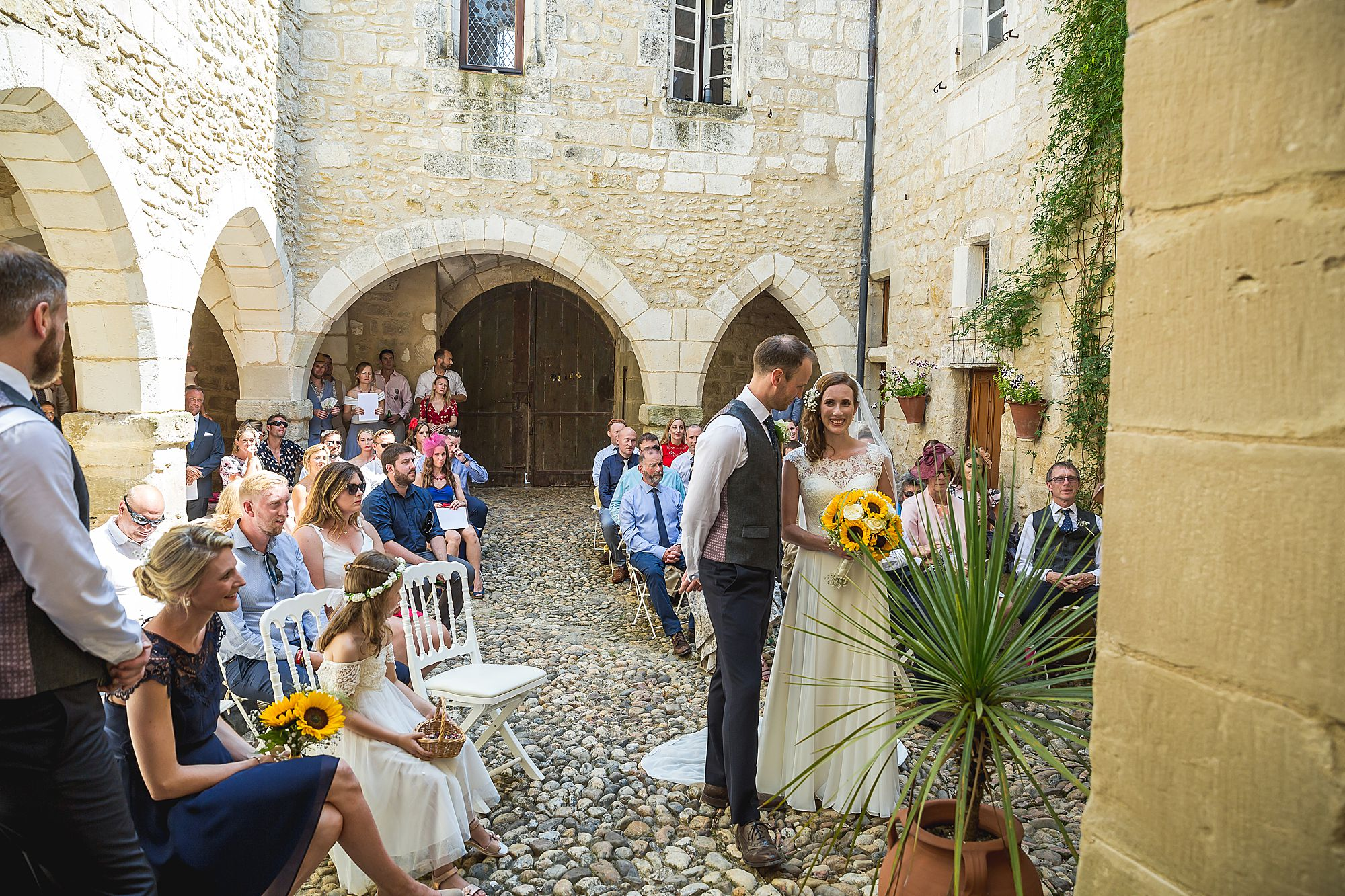 Chateau Brametourte wedding ceremony