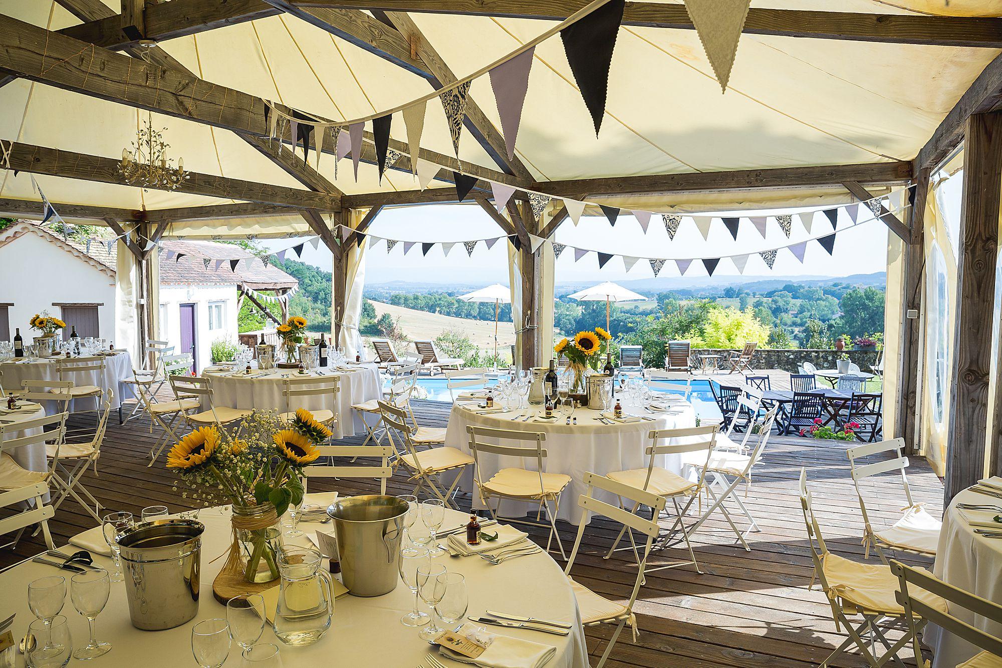 Chateau Brametourte wedding tables