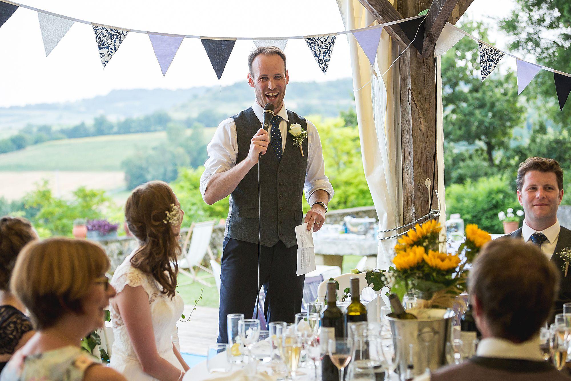 groom giving speech at Chateau Brametourte wedding