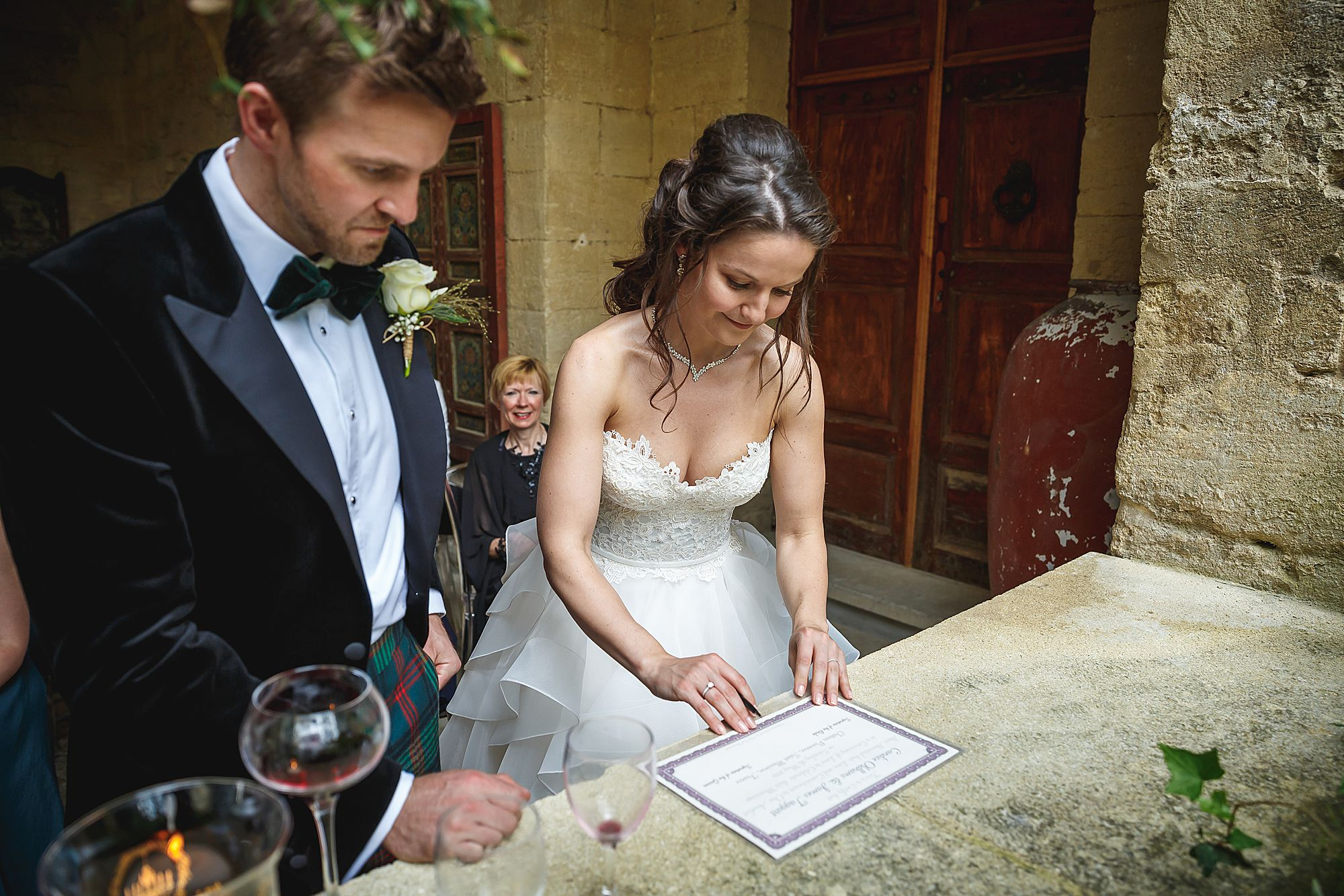 sign the wedding book