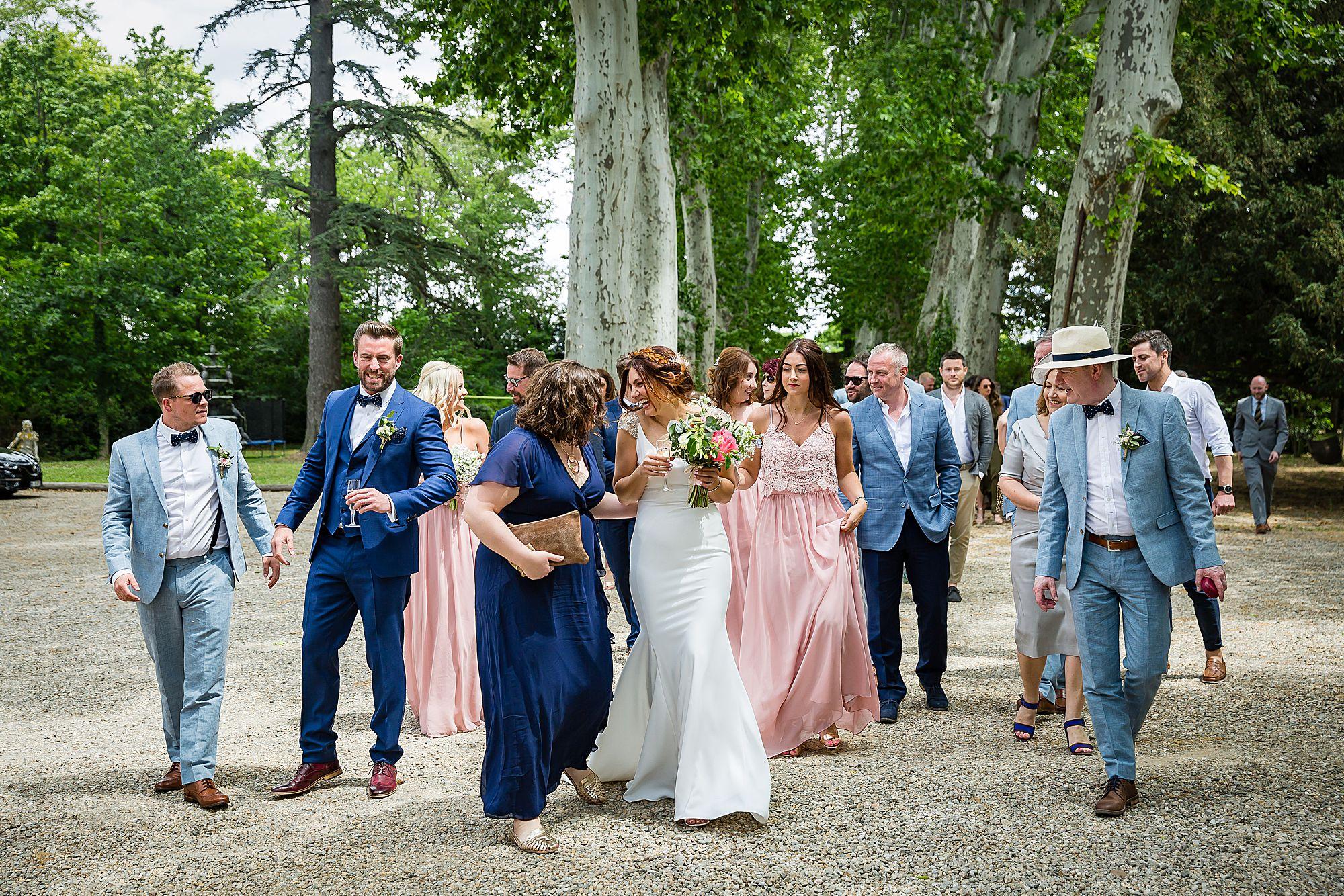 bride walking at Chateau Rieutort wedding