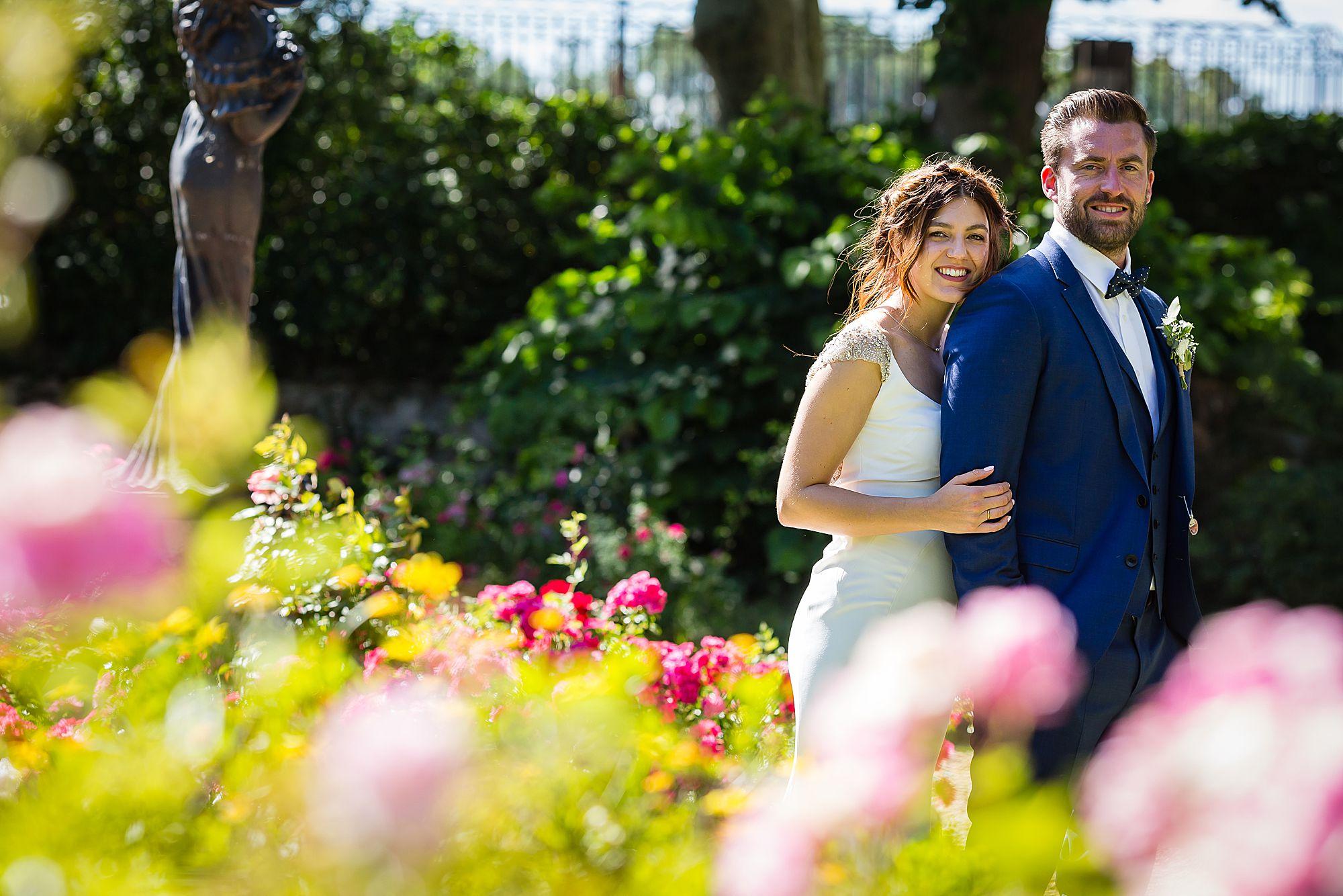 roses ar Chateau Rieutort wedding