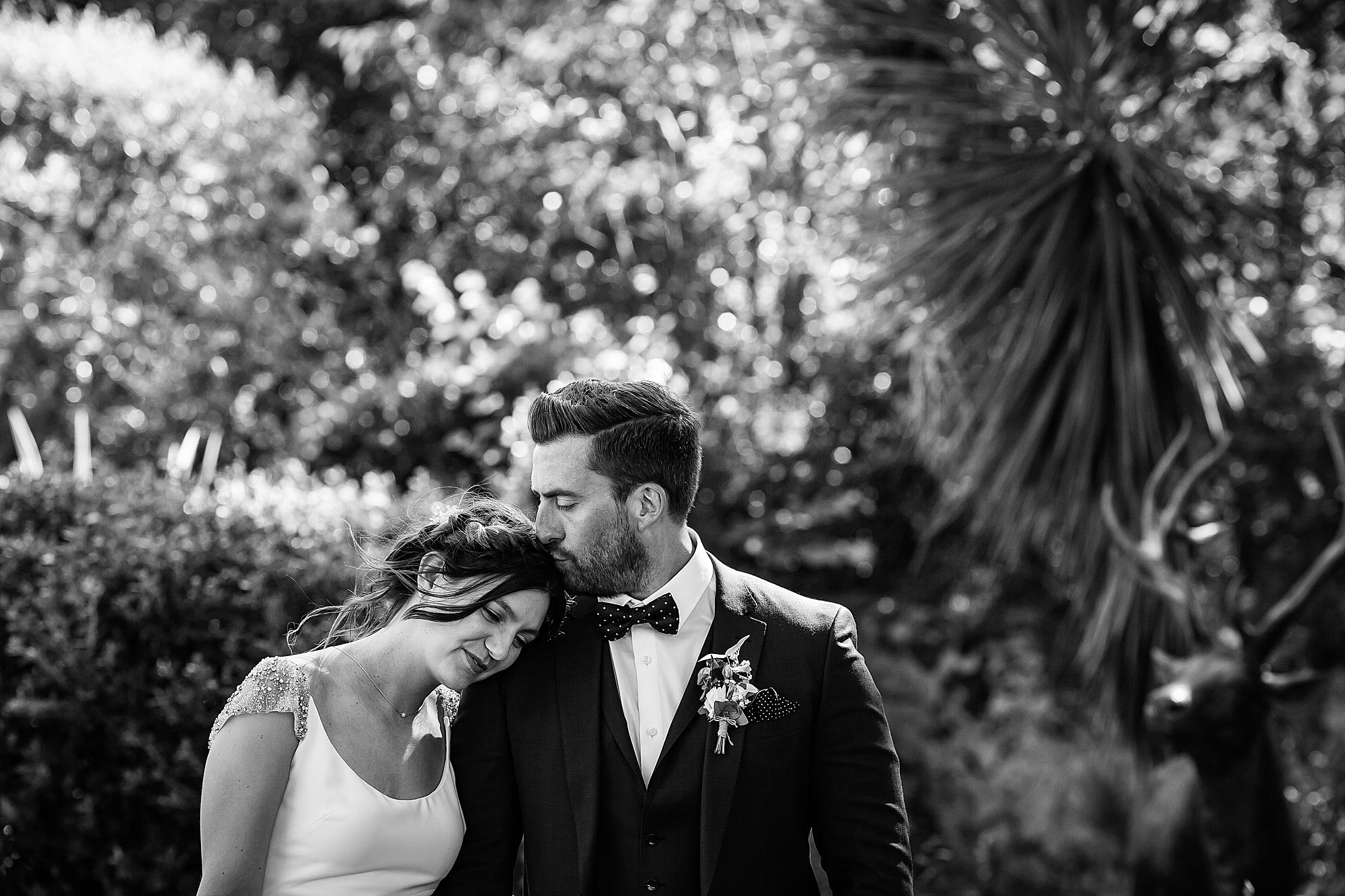 Chateau Rieutort wedding romantic black and white portrait