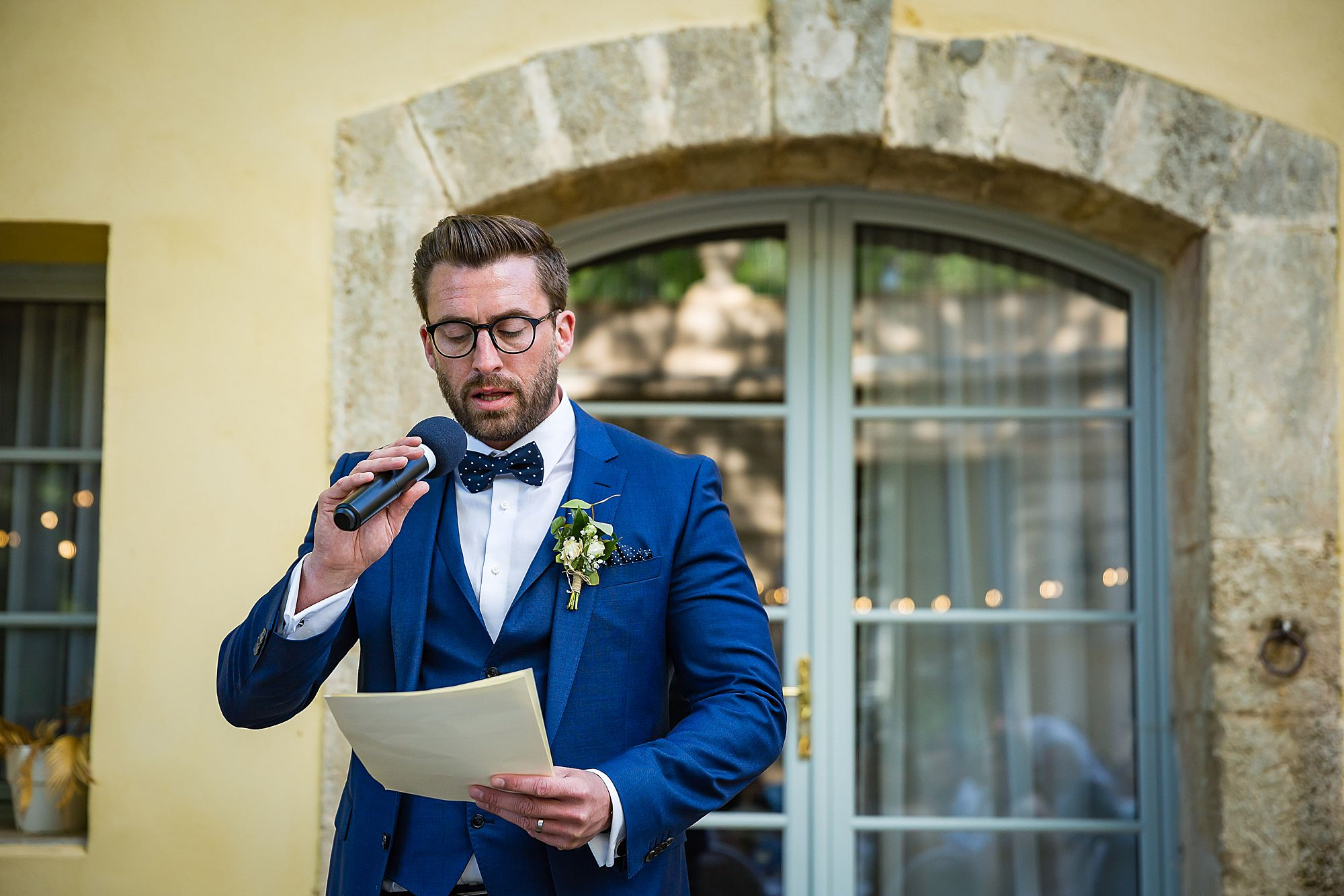 grooms speech at Chateau Rieutort wedding