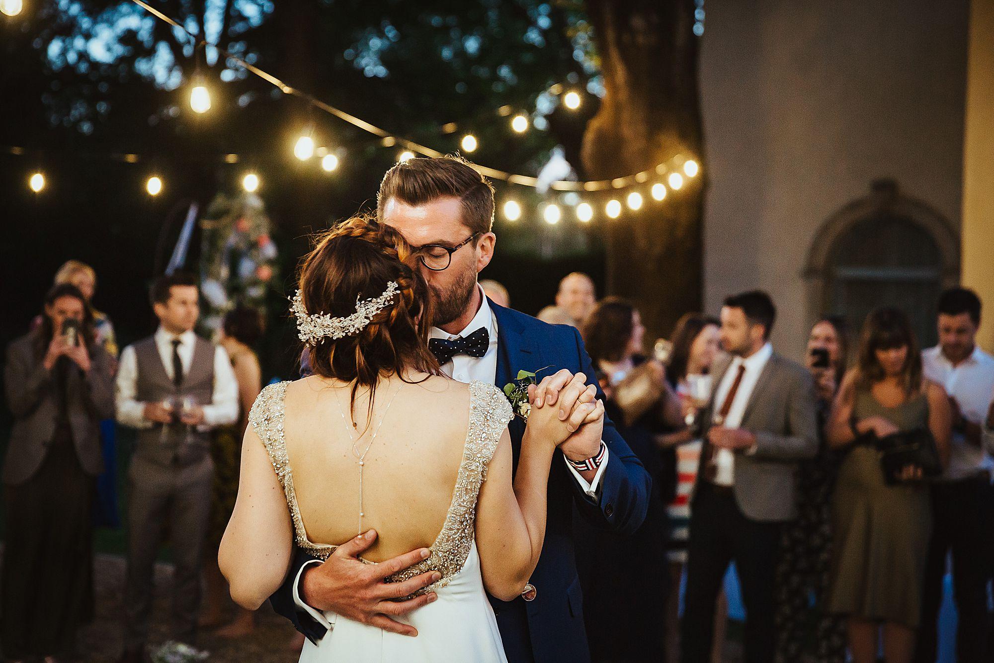 Chateau Rieutort wedding first dance