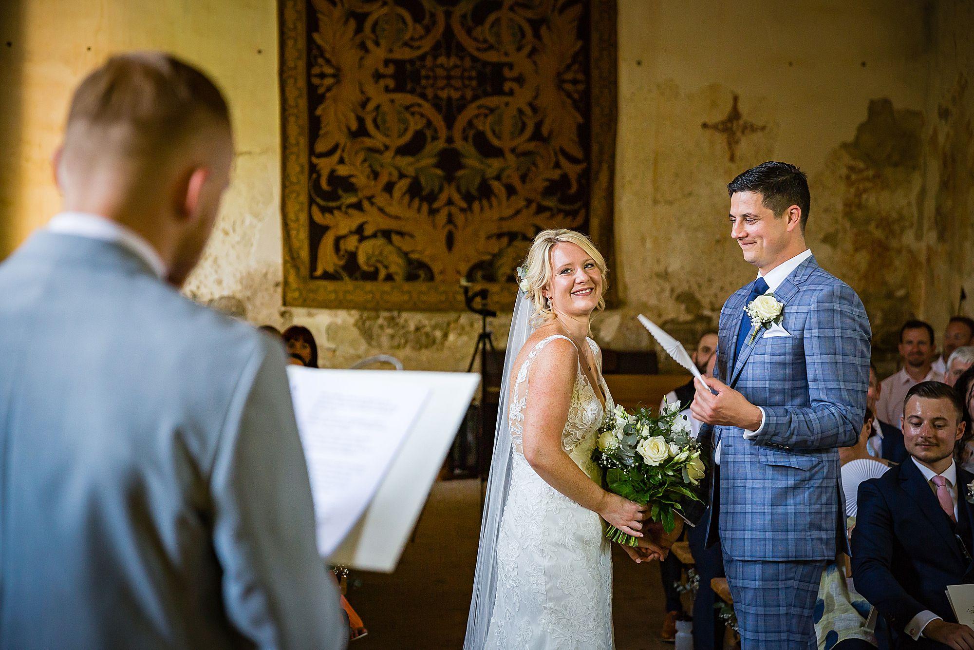 wedding ceremony at Chateau de Queille