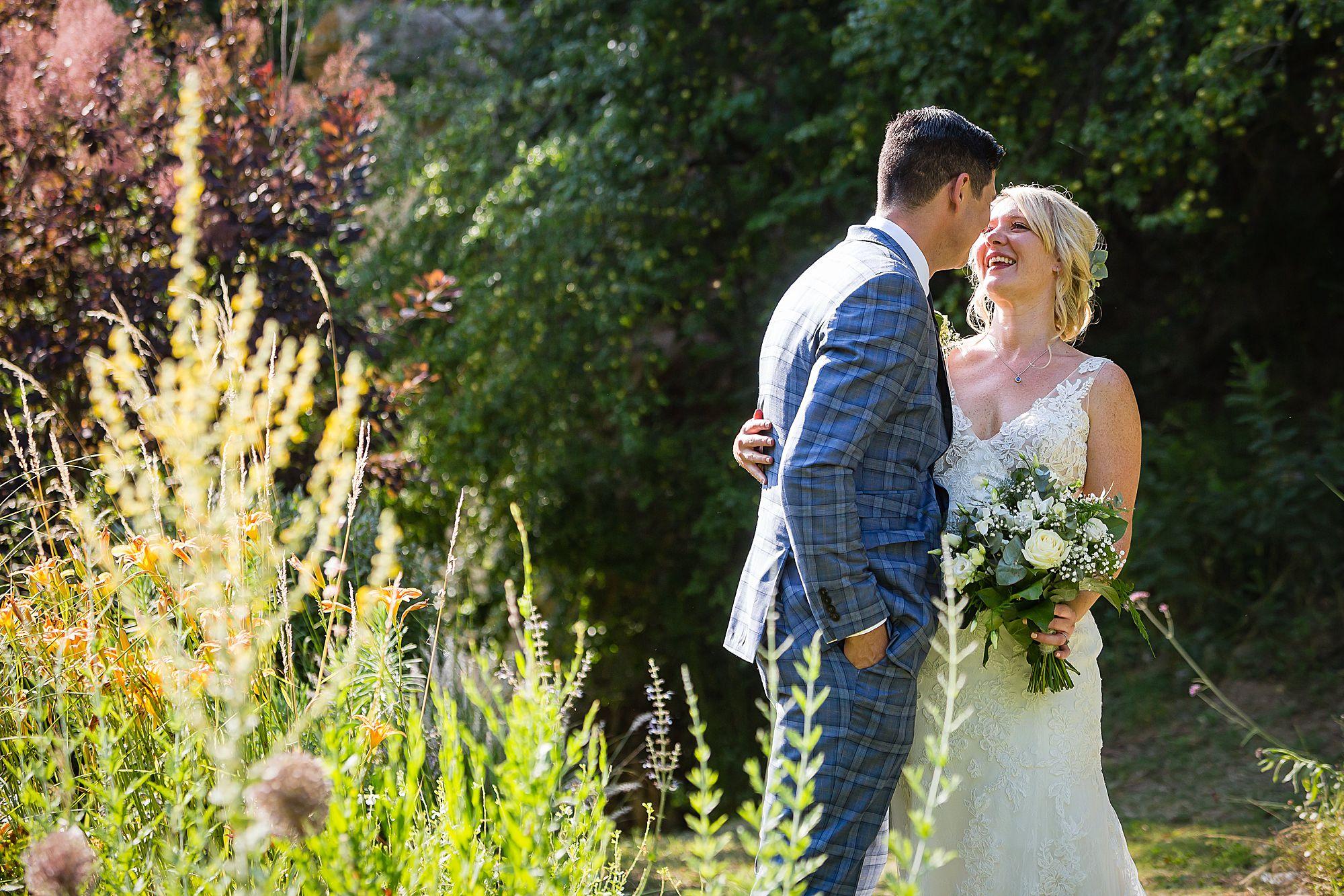 Chateau de Queille Wedding bride and groom