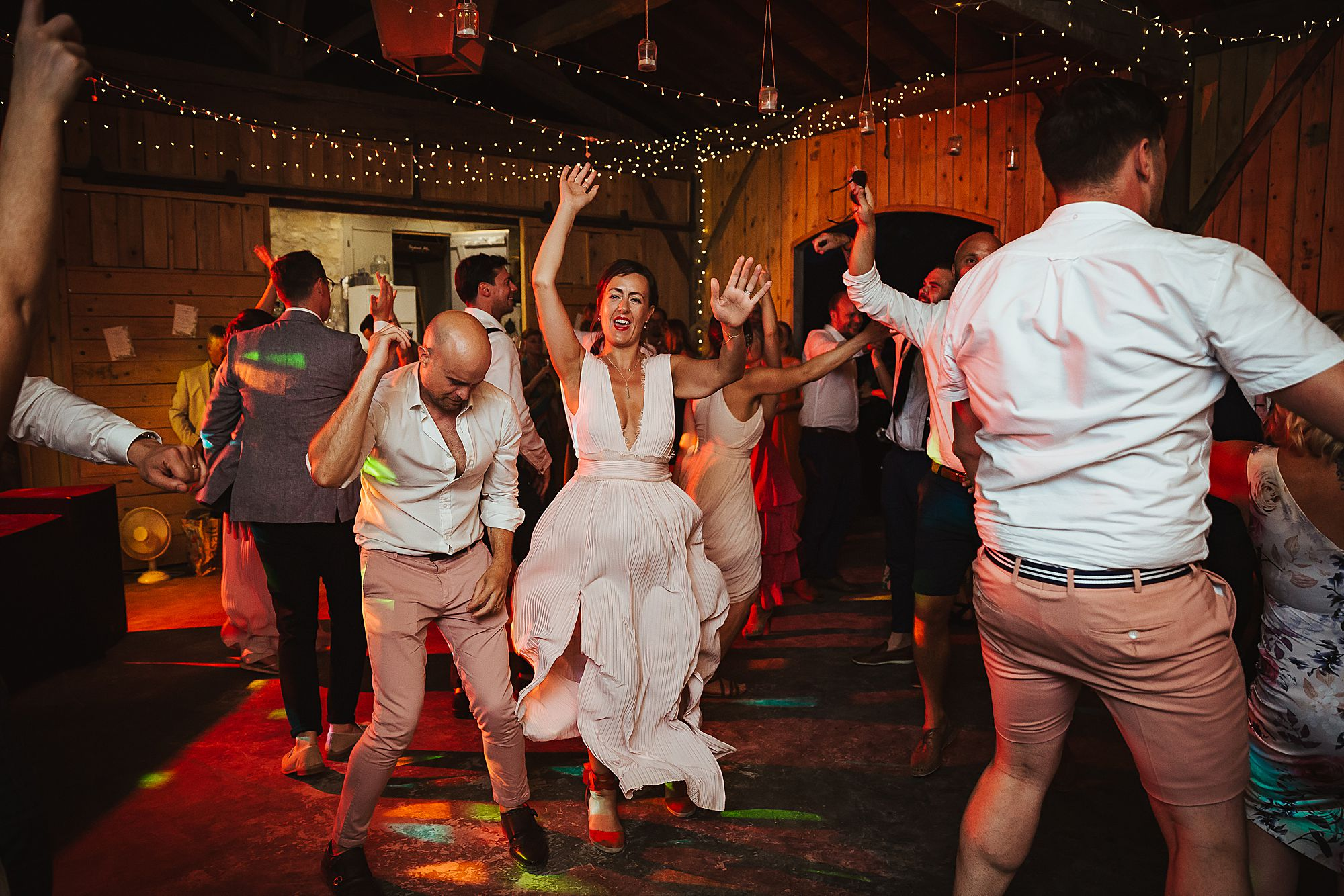 guests dance at Chateau de Queille Wedding
