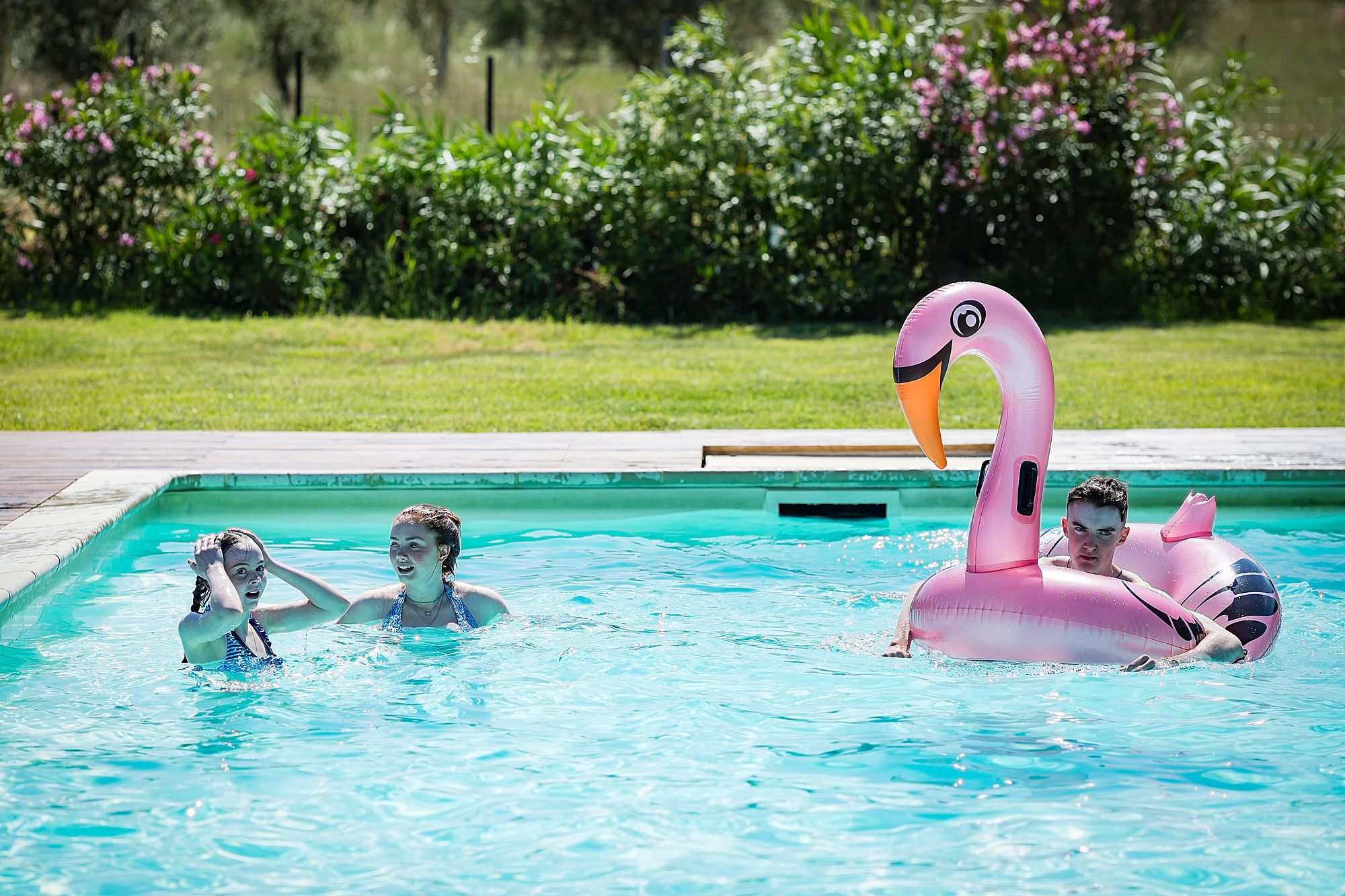 Domaine de la Grangette wedding pool party