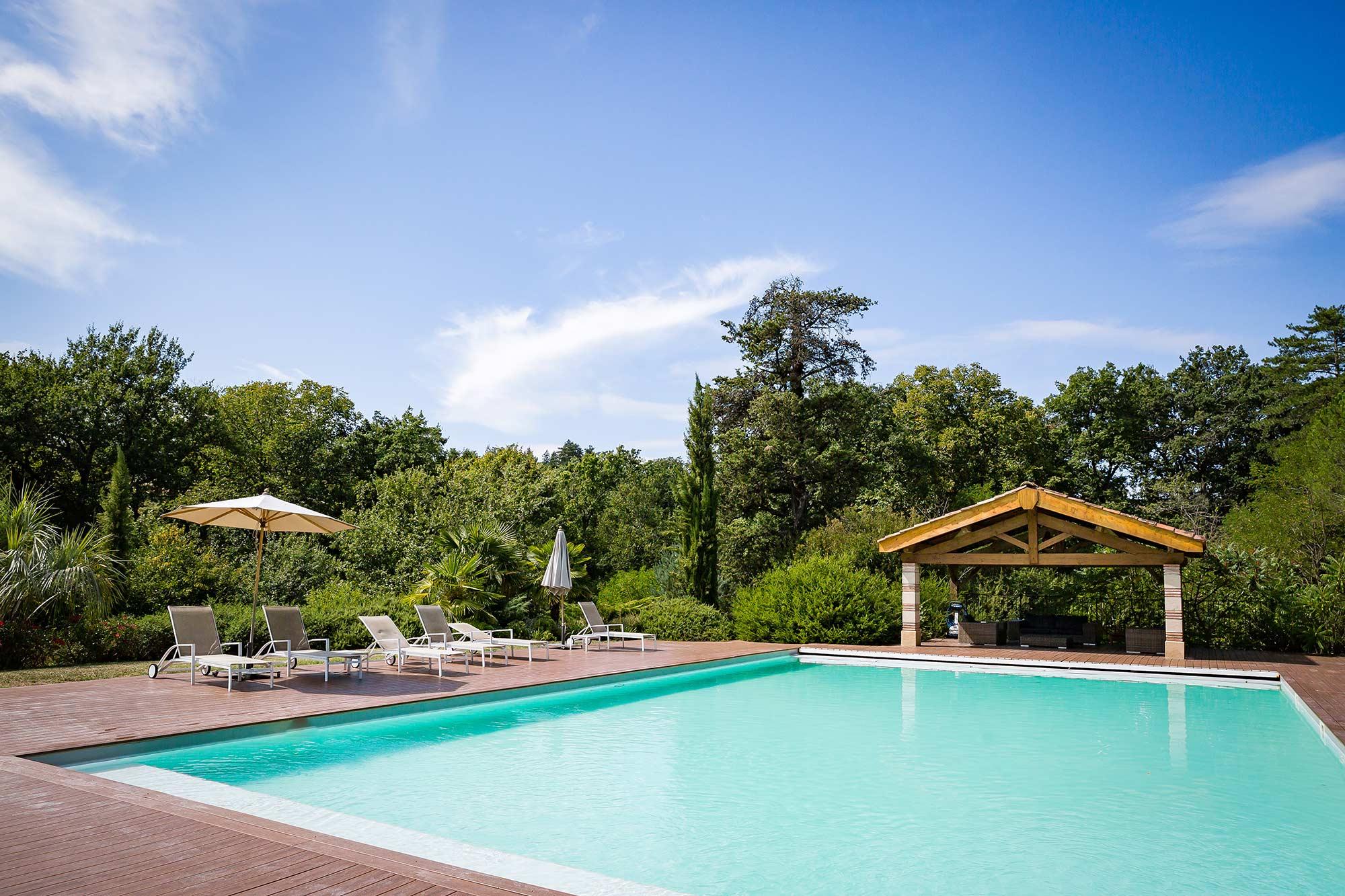 Domaine le Castelet pool