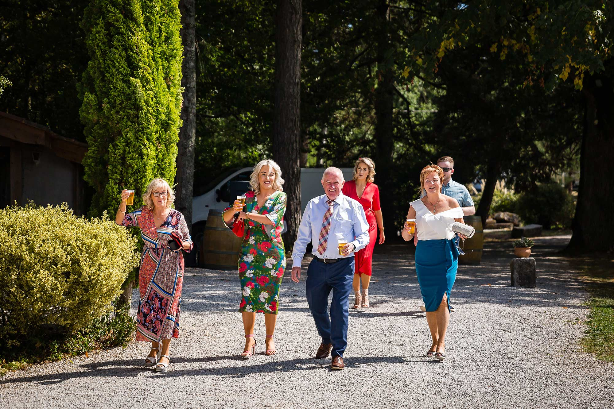 guests arrive at Domaine le Castelet