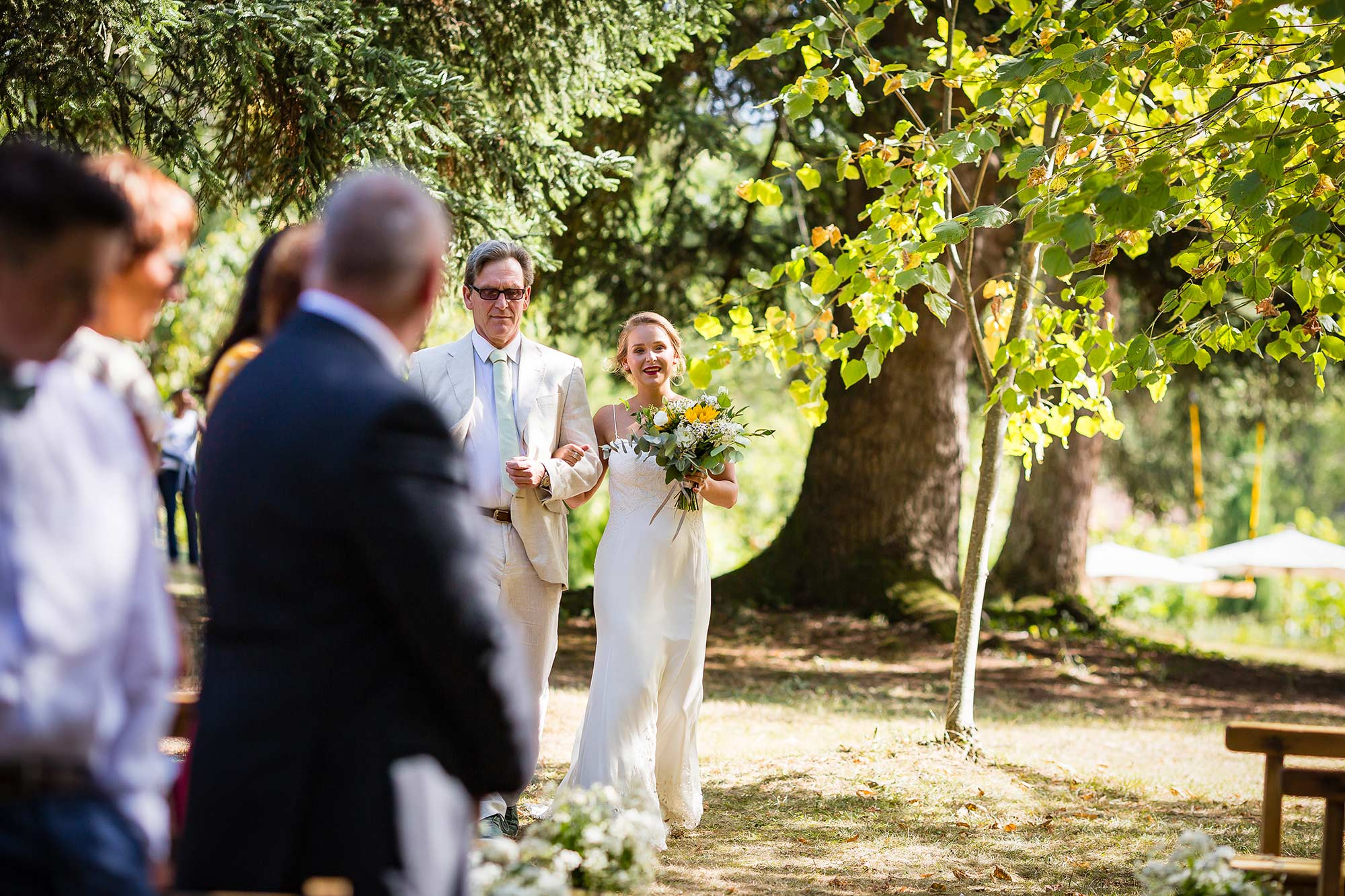 bride walking down the aisle at Domaine le Castelet wedding