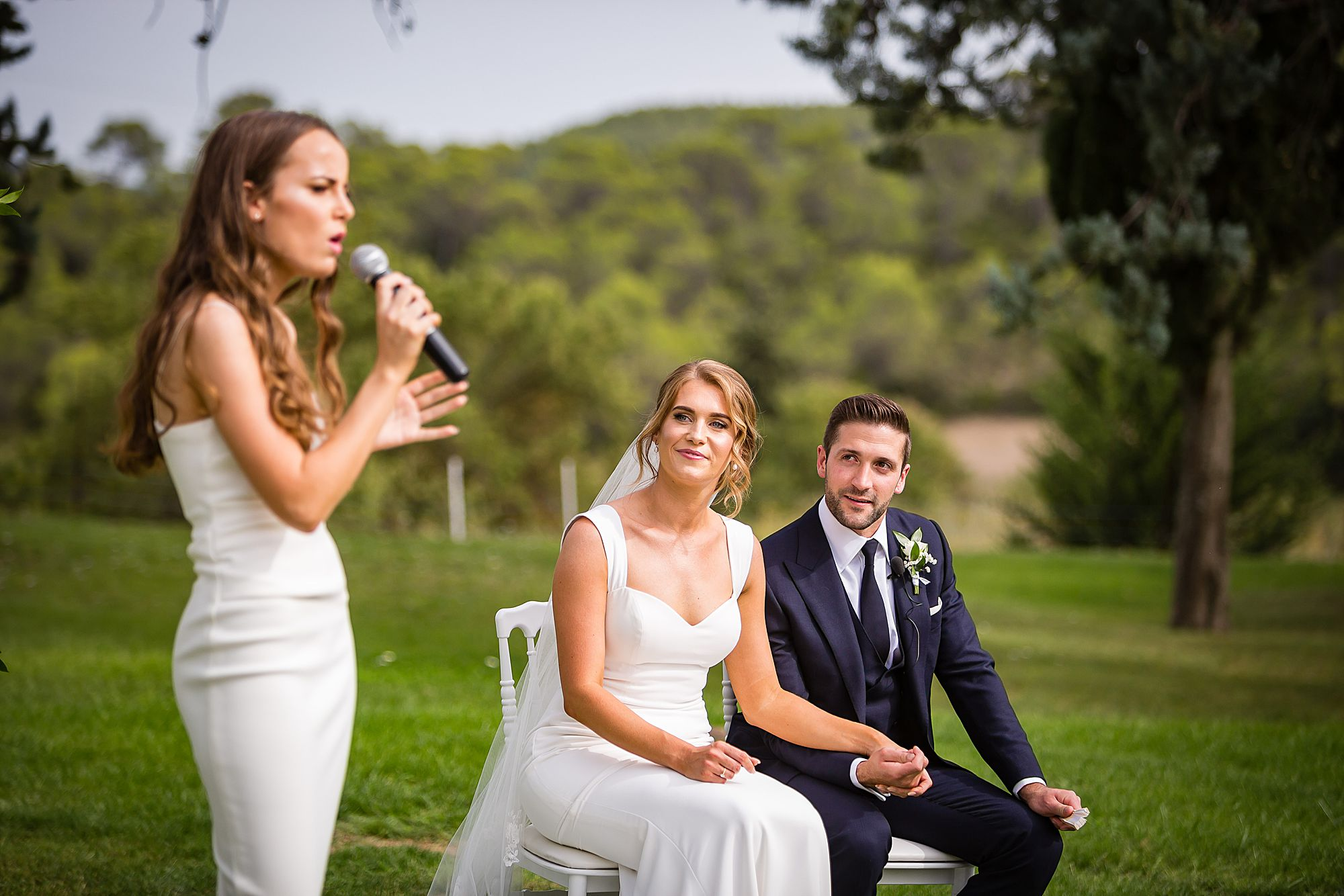 bridesmaid singing in ceremony